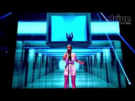 4d projection 4d projection projection mapping 3d tv 4d projection mapping drives the graham norton show for