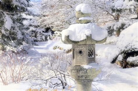 a winter walk through the japanese garden my chicago