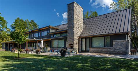 modern cottages modern lakeside cottage james ireland architect inc