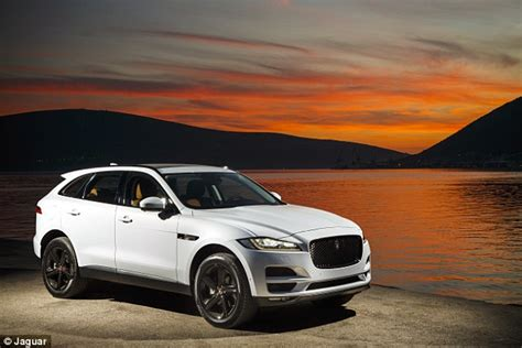 Jaguar Uk Prices Waiting List For Jaguar F Pace 4x4 Sees Sellers Command A