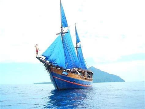 moana boat indonesia indonesia liveaboard klm moana dive the world youtube