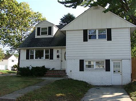 hicksville houses for sale s 119 fordham rd hicksville ny 11801 detailed property info reo properties and bank