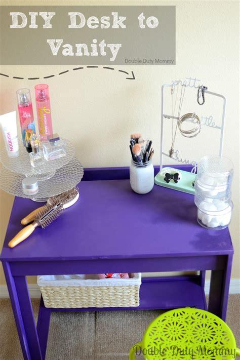Diy Desk Into Vanity by Painted School Desk Turned Vanity Inspired By The Motrin
