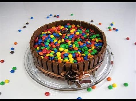lollipop kuchen cake s 252 223 igkeiten kuchen z b mit kitkat und m m 180 s