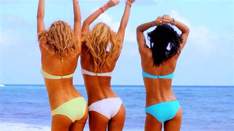 how to throw a boat party slutty girl problems
