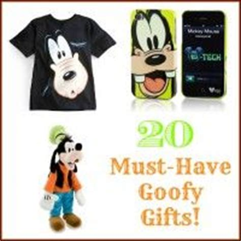 goofy gift ideas 17 best images about all things goofy on disney goofy cake and skiing