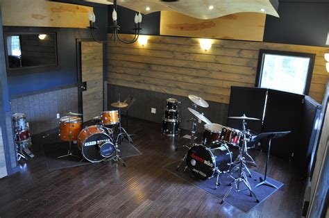 the drum room about the spaces 745 recording studio