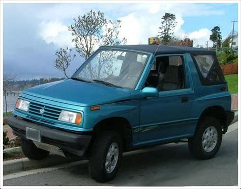 sell 89 98 suzuki sidekick/ geo tracker car soft top