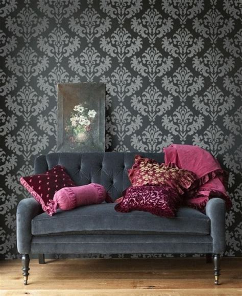 Elegant Living Room by 30 Elegant And Chic Living Rooms With Damask Wallpaper