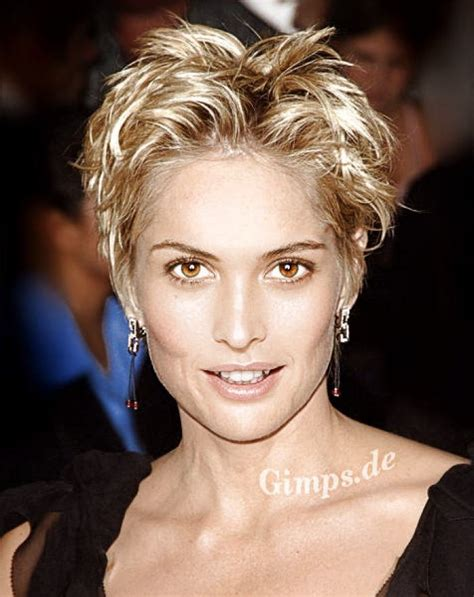 style hair over face 86 best images about short haircuts on pinterest older