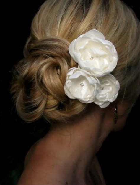 Bridal Hairstyles With Flowers by 20 Bridal Hairstyles Images Hairstyles Haircuts