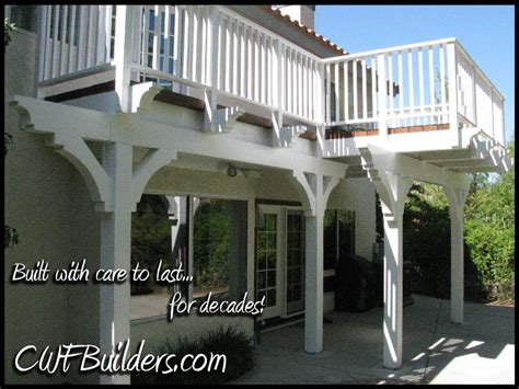 2 Story Home With Deck Porch Breakfast Nook On Porches Mud Rooms And