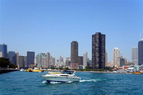 boatsetter chicago july 4th boat rentals in chicago this summer boatsetter blog