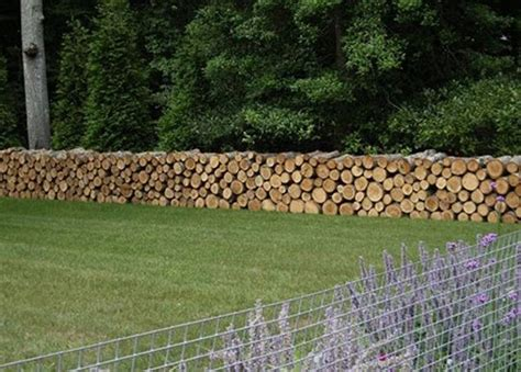 christmas staked fences cordwood fences diy projects for everyone