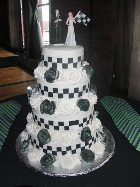 1000 images about nascar wedding on wedding cakes nascar and garter