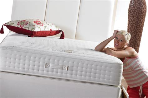 Disadvantages Of Mattress by The Pros And Cons Of Different Types Of Mattresses