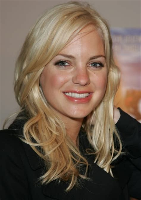 actress hollywood movies 4 hollywood actresses who played dumb blonde characters in