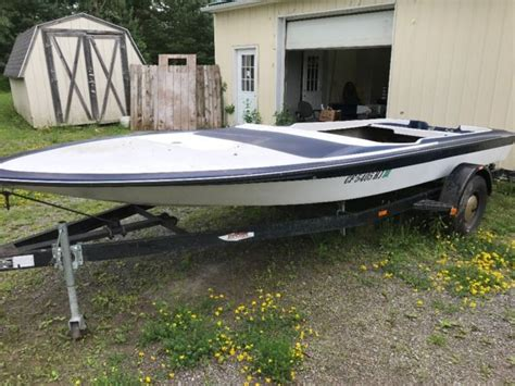 speed boat hull mw boats j craft type speed boat hull with boat trailer