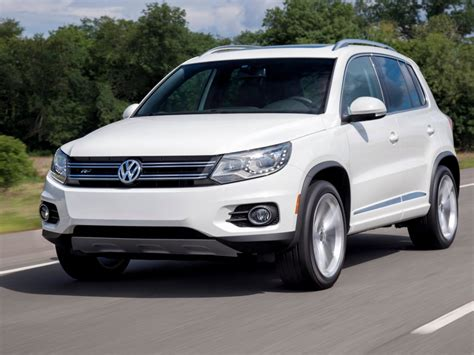 volkswagen tiguan white volkswagen tiguan sales surge business insider
