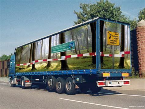 Truk Kontainer Aquarium mobile billboards