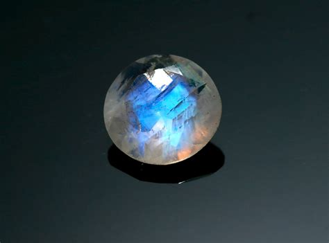 rainbow moonstone 11mm blue rainbow moonstone gemstone top grade gem