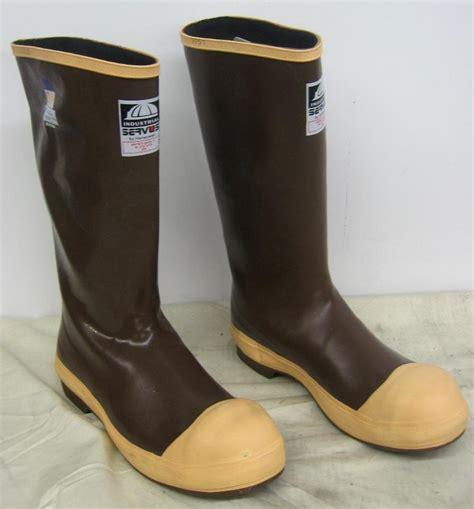 servus rubber boots industrial servus by honeywell neoprene steel toe rubber