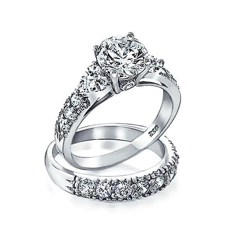 925 Silver Clear CZ Heart Side Stones Wedding Engagement