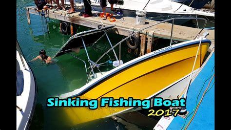 sinking fishing boat videos boat sinking fishing boat sinking operation rescue 2017
