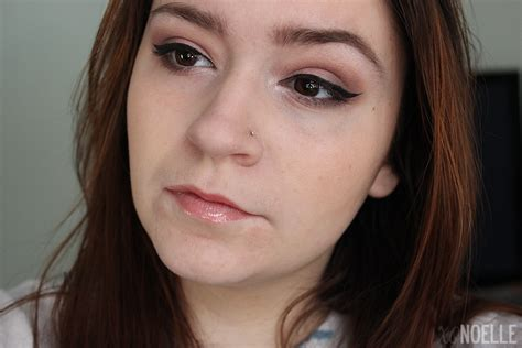 bedroom eye xo noelle ct beauty and lifestyle blogger make up