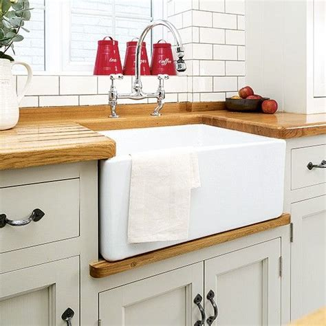 country kitchen sink ideas 25 best ideas about butler sink on belfast