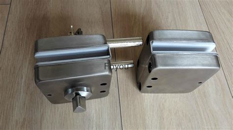Glass Door Lock Suppliers Stainless Steel Lock For Glass Door Fyyg9012 Foyou China Manufacturer Door Lock Lock