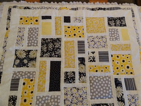 black white and yellow quilt pattern 1000 images about yellow black quilts on pinterest