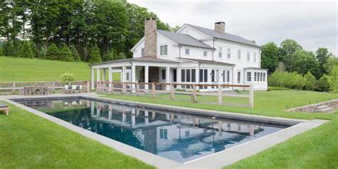 elegant white farmhouse   york hills hgtv faces
