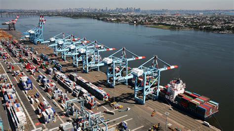 new york port expanding the panama canal world wide metric