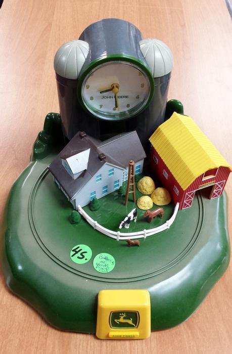 clock deere tractor sound alarm city