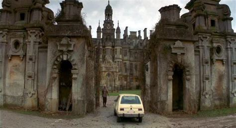 the haunting of hill house movie the haunting 1999 house pictures to pin on pinterest pinsdaddy