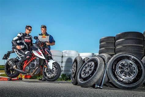 Motorrad Tyre Test 2017 by Conti Sport Attack 3 Is Chosen As The 2017 Best Hypersport