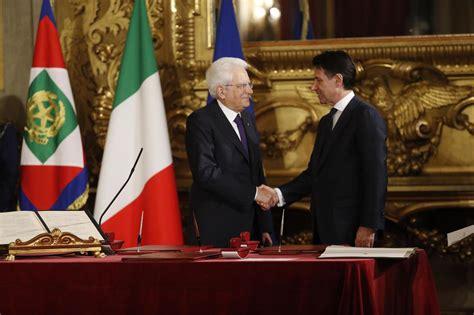 presidente consiglio dei ministri italiano governo conte e ministri hanno giurato lettera43 it