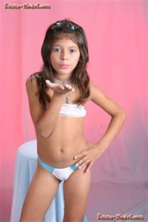 Willey Studios Emma Model