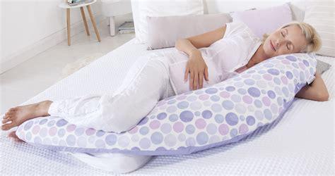 schlafen in der schwangerschaft welches stillkissen zum schlafen wir verraten es dir