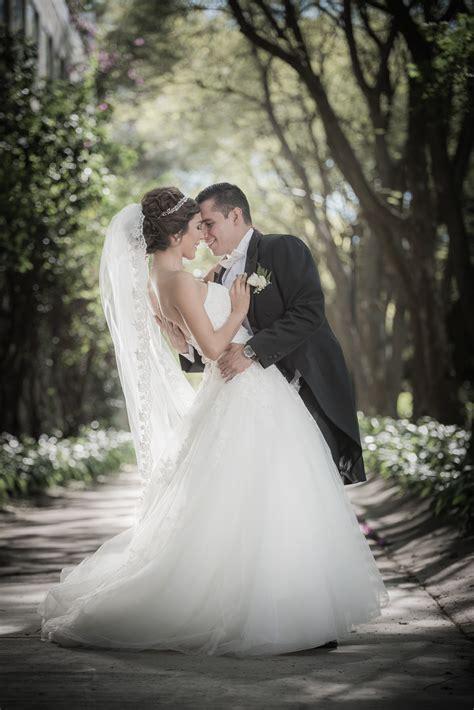 imagenes de novias rockeras fotograf 237 a de bodas gf estudio