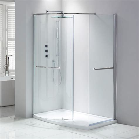 Walk In Shower Enclosures For Small Bathrooms Frontline Aquaglass Closing Walk In Shower Enclosure Walk In Showers Shower Enclosures