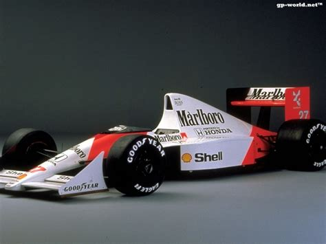 mclaren mp4 5 race cars