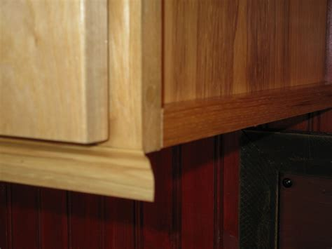 Kitchen Cabinet Bottom Molding | installing molding for under cabinet lighting a concord