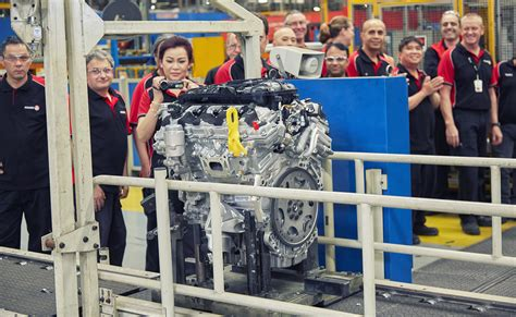 new year 2017 manufacturing shutdown holden winds up engine production ahead of 2017