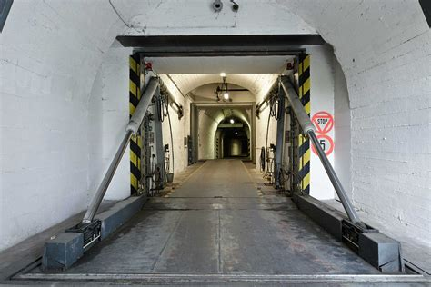 2500 Square Foot House The Doomsday Bunker For Billionaires Zero Hedge