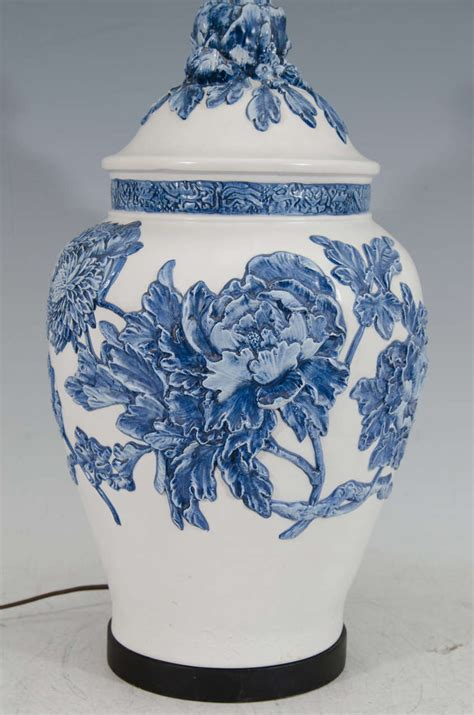 white ginger jar l blue and white ginger jar ls 25 tips for choosing