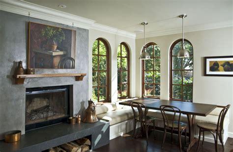 renover meuble salle de bain 3711 fireplace with hearth and custom banquette m 233 diterran 233 en