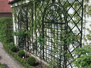 Plant Trellis Climbing Supports Make Fabulous Features For Smaller