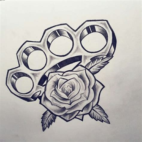 new school brass knuckles tattoo rose knuckle roos boksbeugel my tatts pinterest roses